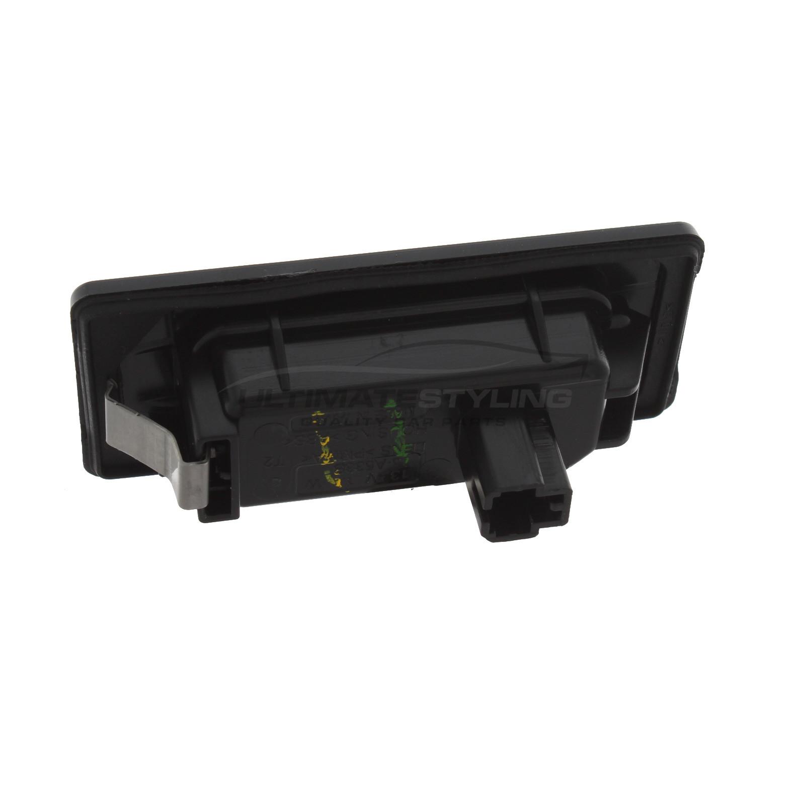 Rear Number Plate Light - Universal (LH or RH) for Audi A1 / A3 / A4 / A6 / A7 / Q3 / Q7 / RS3 / RS4 / RS6 / RS7 / RSQ3 / S1 / S3 / S4 / S6 / S7 / SQ7, Seat Alhambra / Arona / Ateca, Skoda Fabia / Karoq / Kodiaq / Octavia / Rapid / Superb / Yeti, Volkswagen Caddy / Caravelle and others